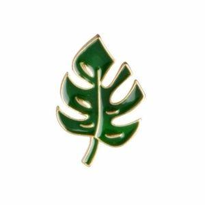 Jewelry - Palm Leaf Tropical Enamel Pin